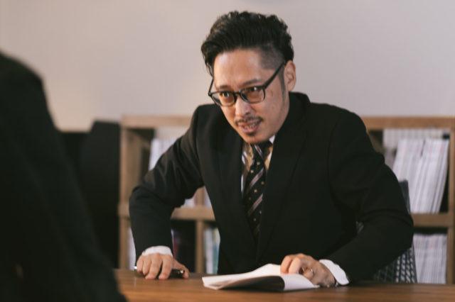 転職先の会社の面接担当者